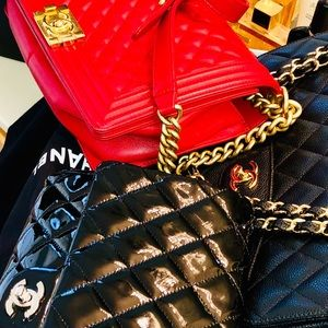 ❤️NEW Medium CHANEL RED LE BOY CAVIAR GOLD HW